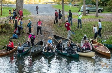 Canoe relay